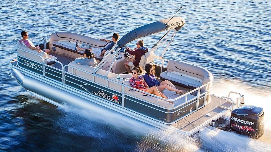 Pros And Cons Of Pontoon Boats - Why Other Boats Don't Come