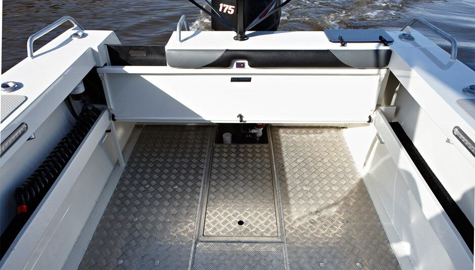 Boat Flooring Options Most Detailed And Extensive Review 2020